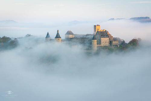 autumn lugares luxembourg luxembourgardennes bourscheide castle fog landscape sunrise