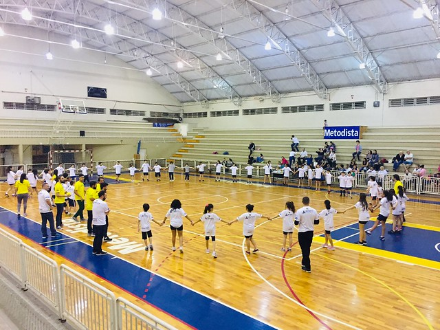 Entrega de uniforme e parceria Decathlon e Cabrera - Mini-handebol