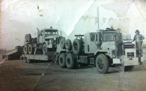Mack-tank-transporter-with-scammell-arm-1