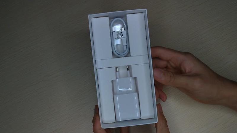 Xiaomi Redmi Note 6 Pro 開封 (11)