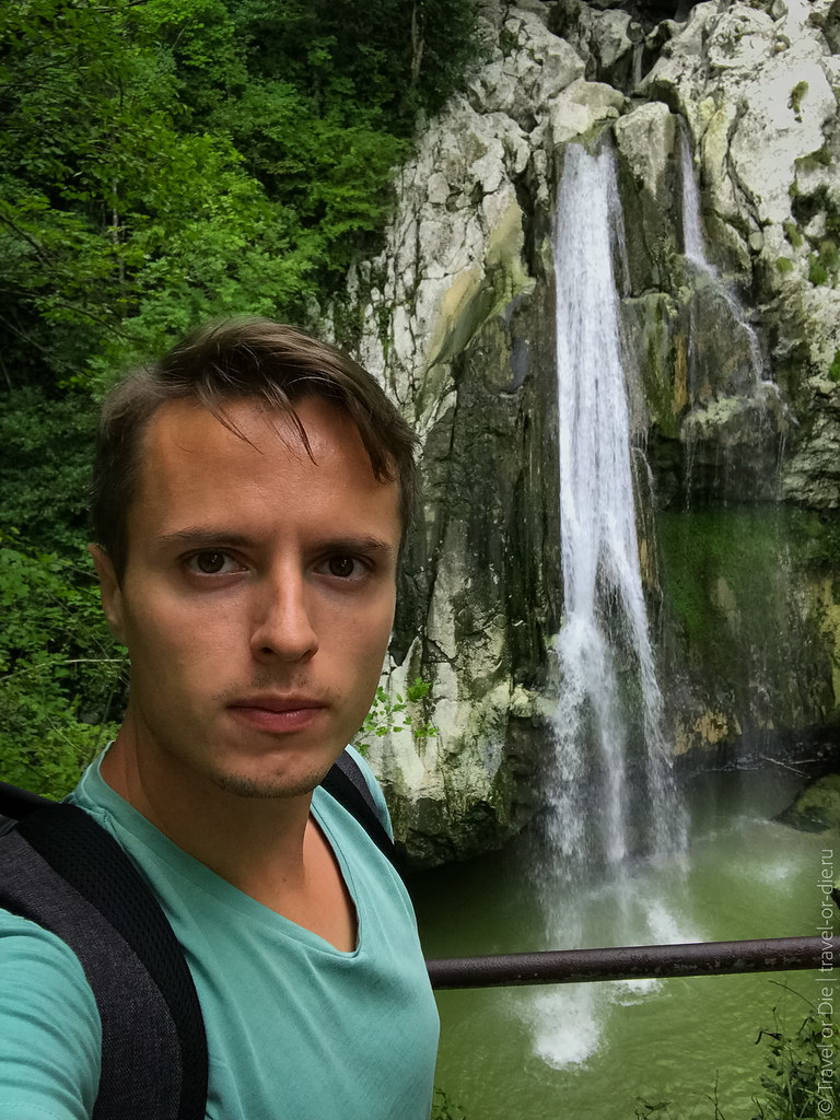 sochi-agura-waterfalls-iphone-6245