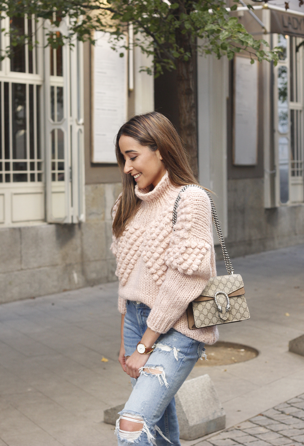 chunky pink sweater ripped jeans white fila sneakers gucci bag street style fall outfit 20184503