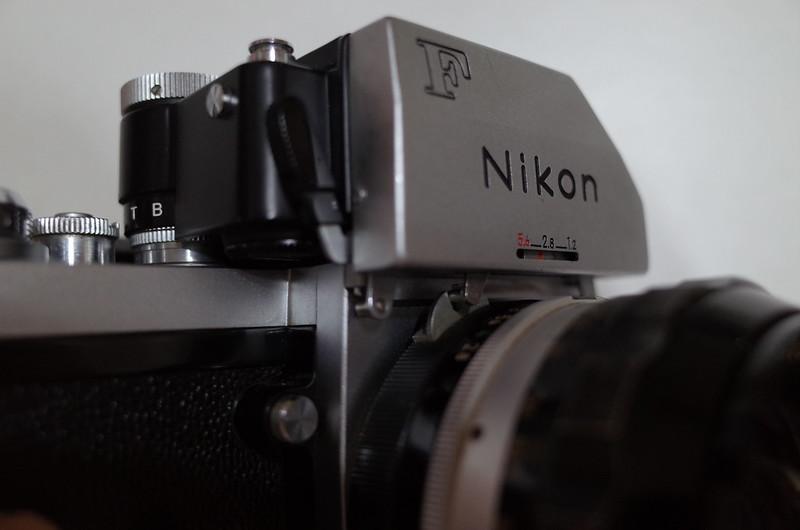 Nikon F フォトミックFTN蟹爪ガチャガチャ