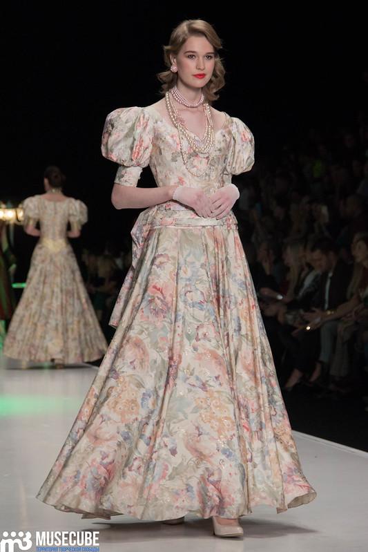 mercedes_benz_fashion_week_slava_zaitsev_nasledie_066
