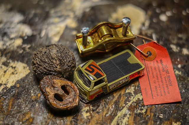 Black Walnut and Shell, Volkswagen T2 Pickup, Waterpipe Ground Clamp