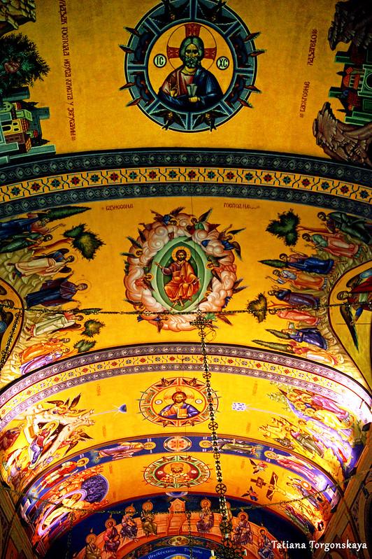 Роспись потолка в соборе