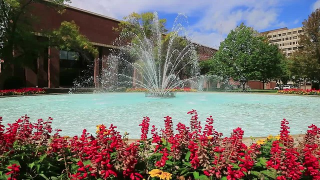 Video: UWM Fountain, last full day of summer 2018