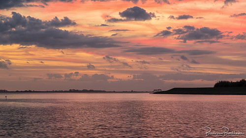 Sunset Herkingen Grevelingemeer
