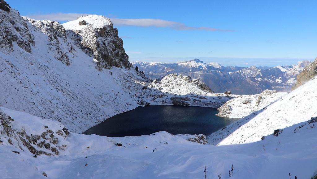 Le Lac du Crozet (1 986 m), plutôt bas...