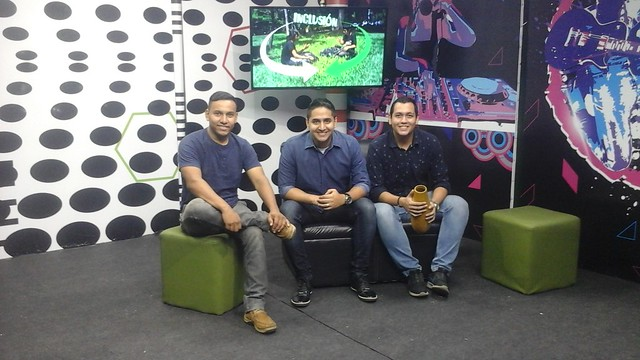 2017 - JUNIO 2 - ENTREVISTA MUSICON LA ONDA MIX