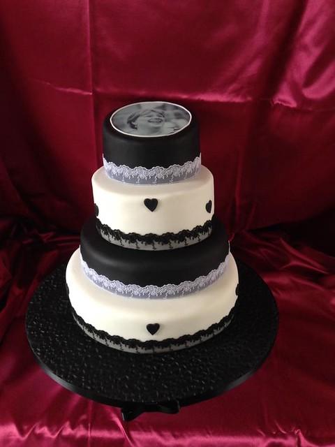 Cake by Huggybrum Cakes