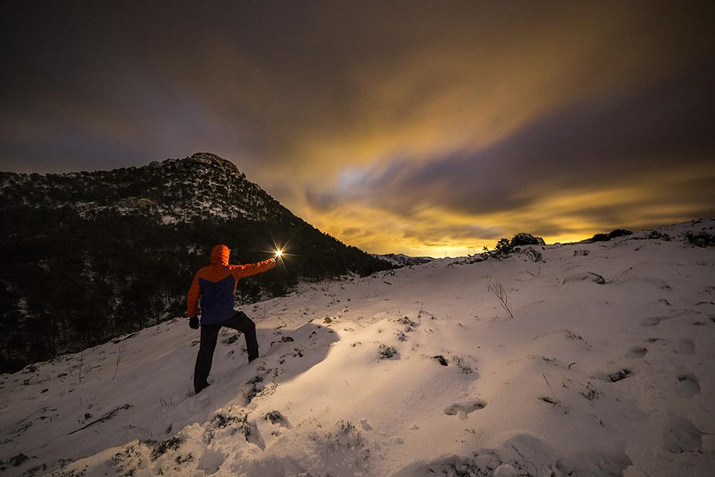AV09 AV26 marcmarco69 (España) - Escalando la Montaña - Tomada en Embalse de Cuber (Mallorca) el 04-12-17