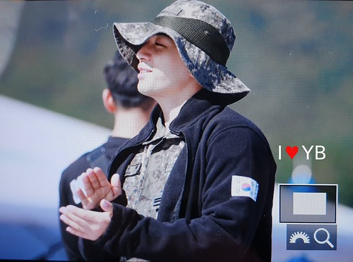 Taeyang Daesung Ground Forces Festival Korea 2018-10-08 (16)
