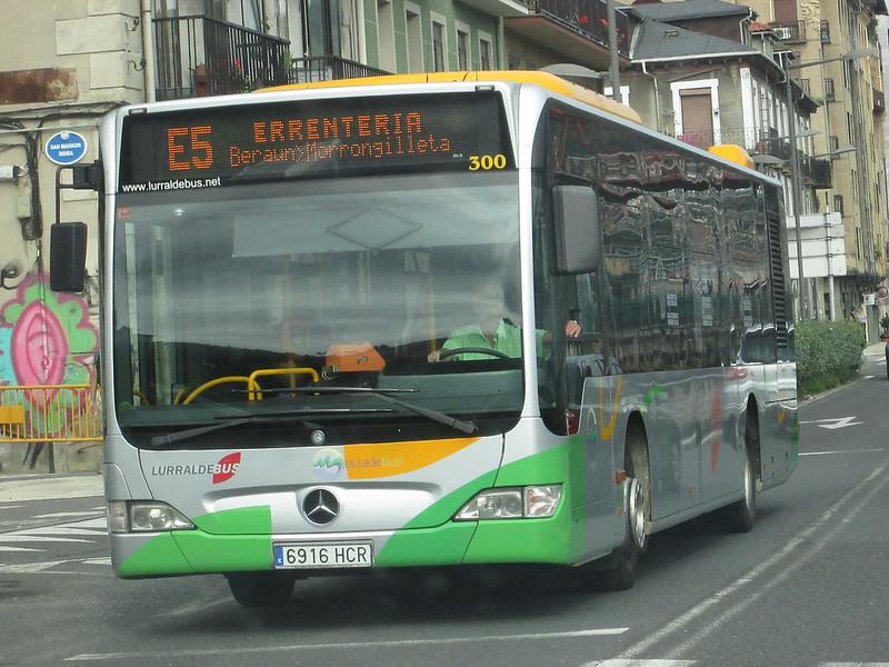 [Réseau] Lurraldebus  43919901500_0b770e14ce_c
