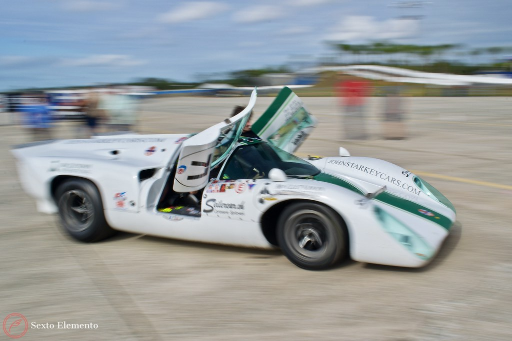 lola-racecar-stagging