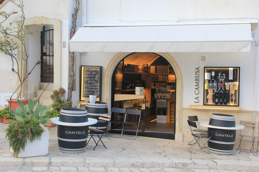 Wine bar, Otranto