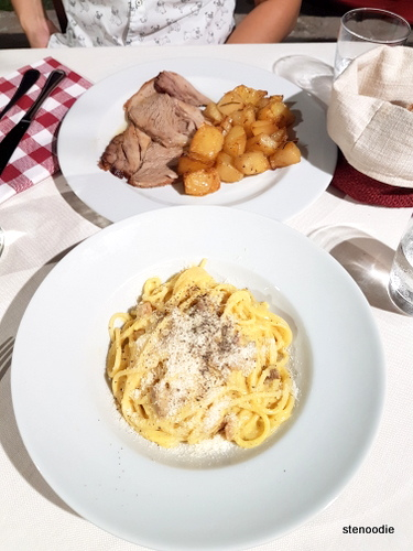 veal with potatoes and spaghetti