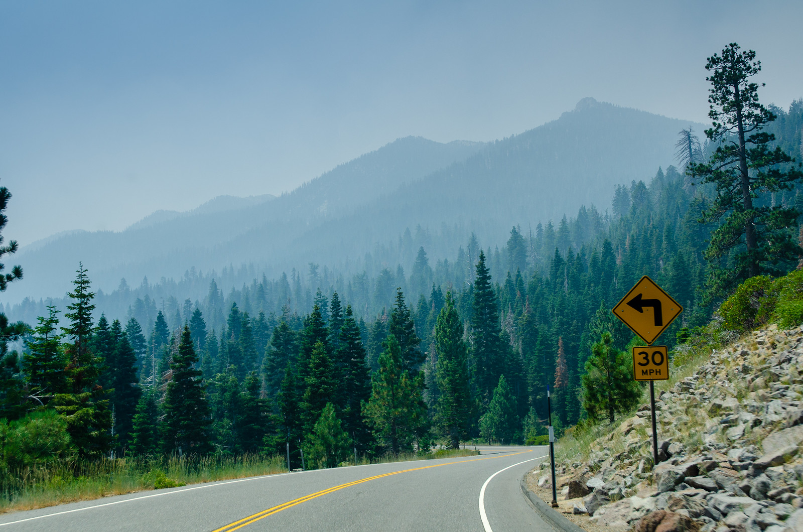 Sur la route entre Lake Tahoe et Mammoth Lakes