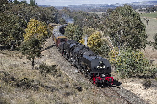 6029 on 6S61 hard at work above Cullen Bullen, Rylstone Branch, NSW, 29th September, 2018.