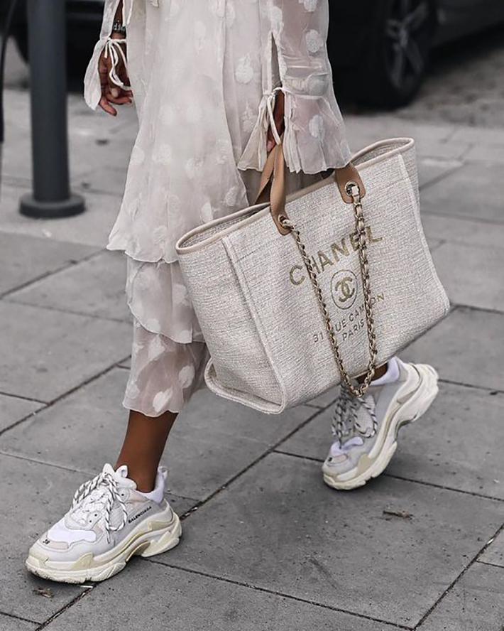 the sneakers you want to wear this fall trend 2018 style fashion tendencias balenciaga vans2