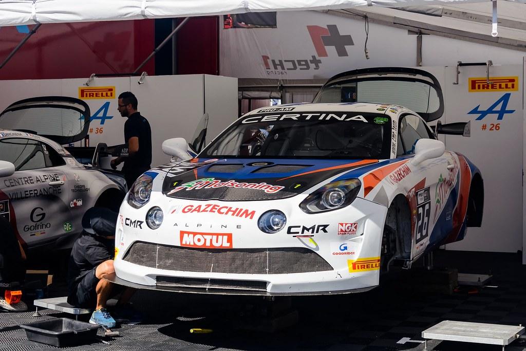 Фестиваль скорости в Барселоне. Часть 2 - французские кубки FFSA GT4, Porsche Carrera и Peugeot 308