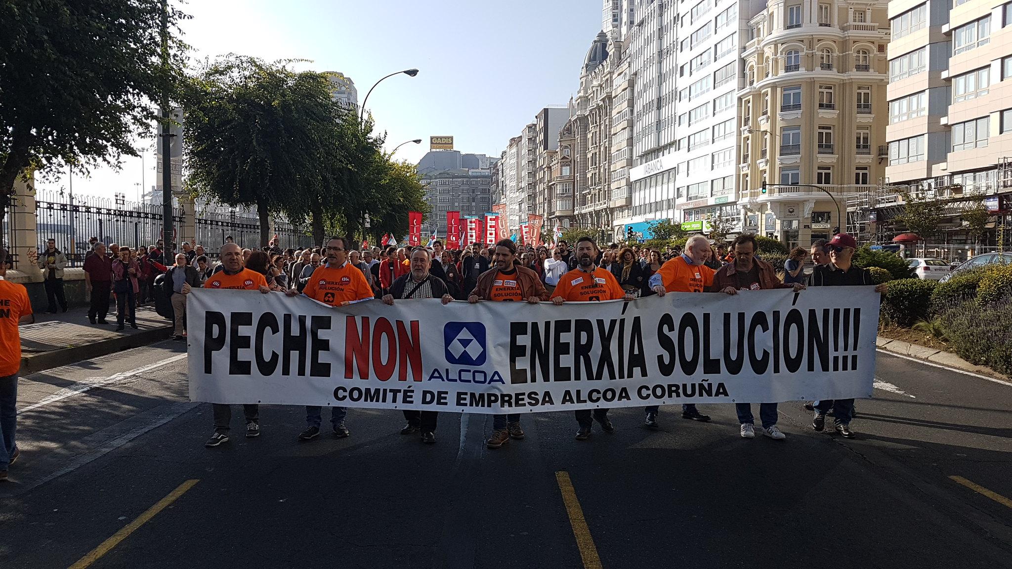 En A Coruña y Avilés la lucha de los trabajadores de ALCOA