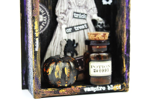Meihsia Liu Simply Paper Crafts Mixed Media Spooky Halloween Simon Says Stamp Tim Holtz 4