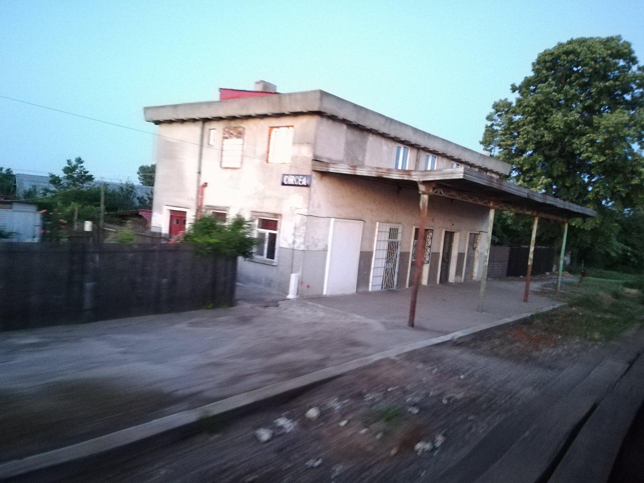 Reportaje feroviare Adirmvl - Pagina 15 44837211241_85f355054a_k
