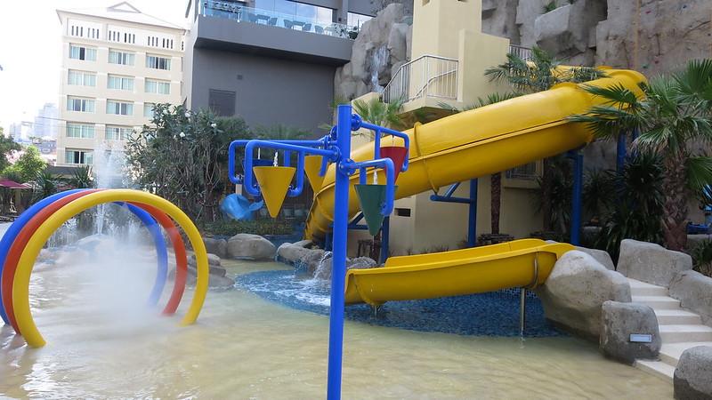 Mercure Pattaya Ocean Resort Hotel