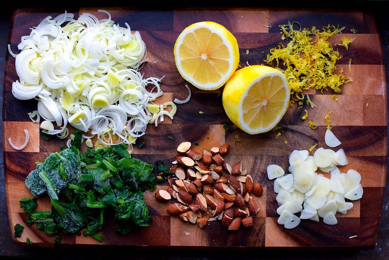 gräddig vegansk spenatpasta ingredienser