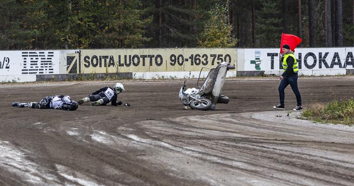 kaanaan kahinat 2018 kuvia kisasta sivuvaunu moottoripyöräonnettomuus