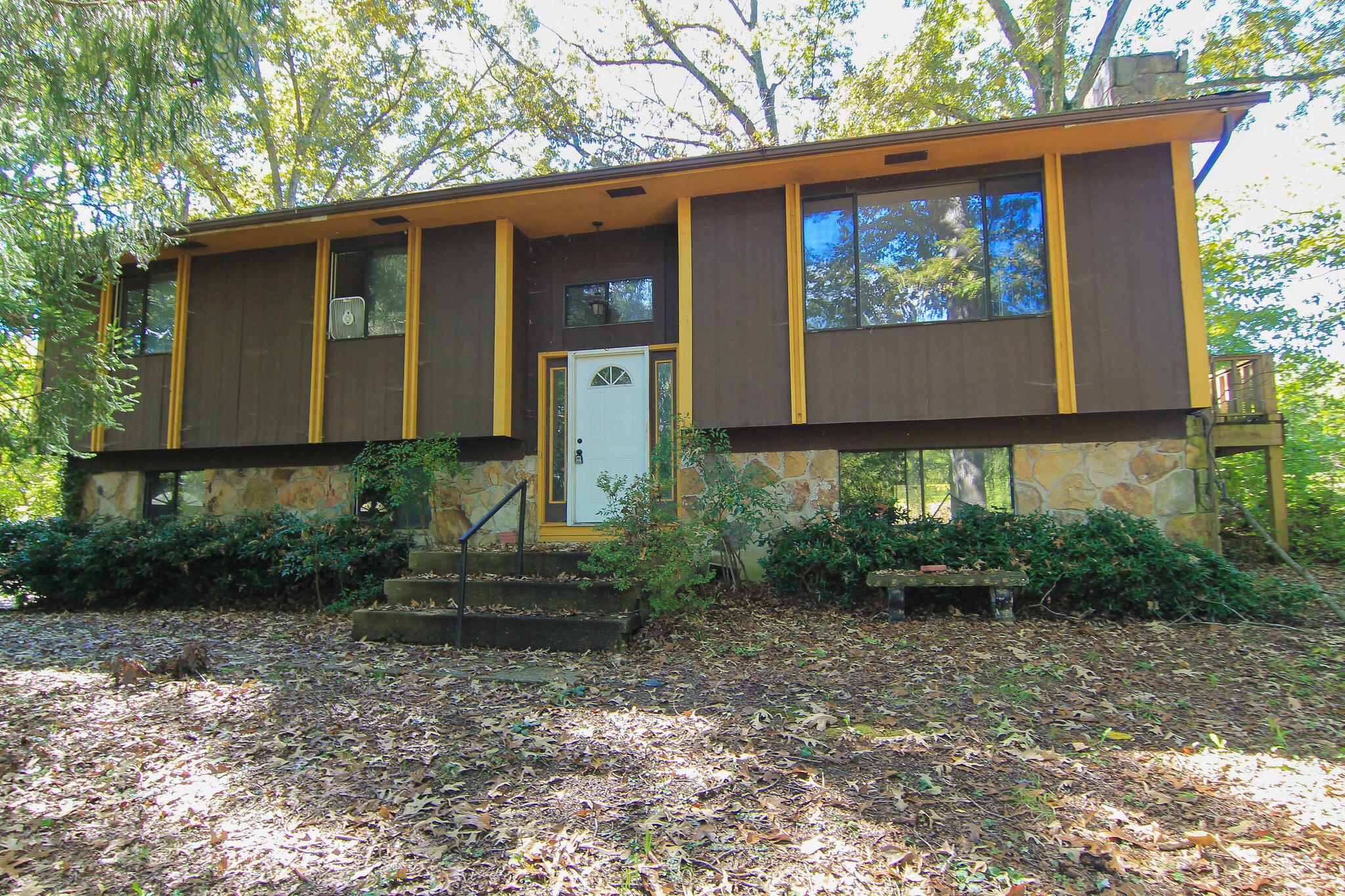 201 Hermitage Drive, Oliver Springs, TN 37840