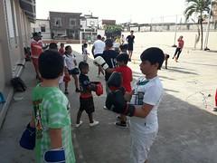 Niños y jóvenes se interesan por el boxeo