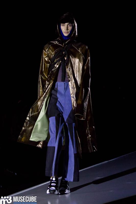 mercedes_benz_fashion_week_pirosmani_025