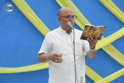 Devotee expresses his views in the form of Hindi poem