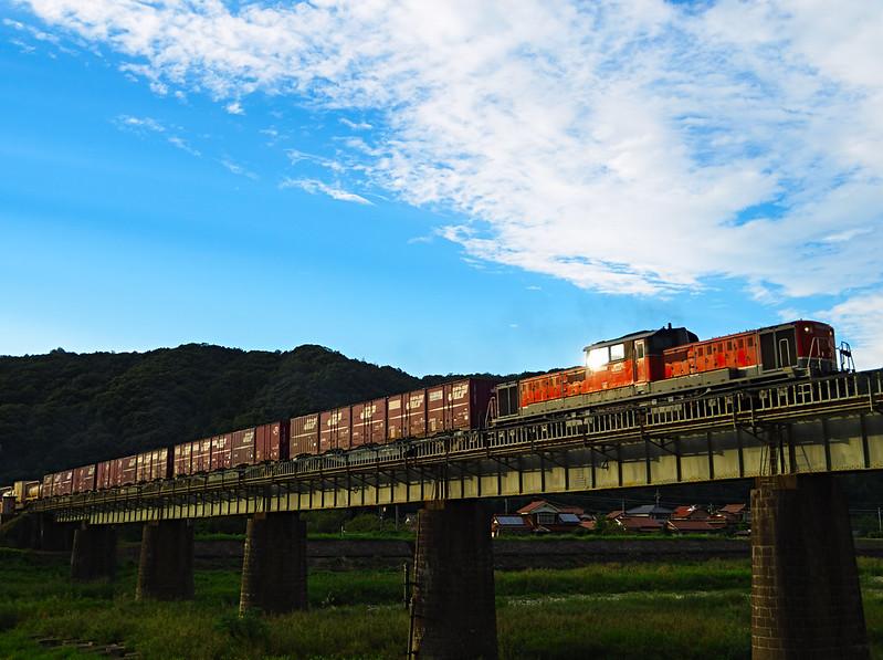 DD51 1802 Freight train in Yamaguchi line