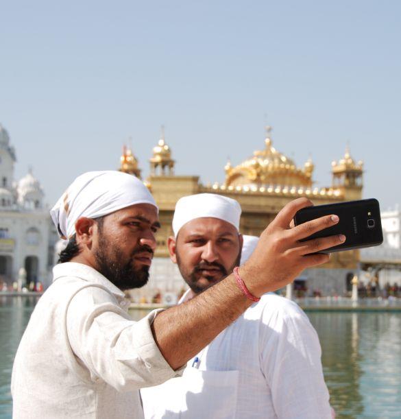 DSC_9818AmritsarHarmandirSahibSelfie