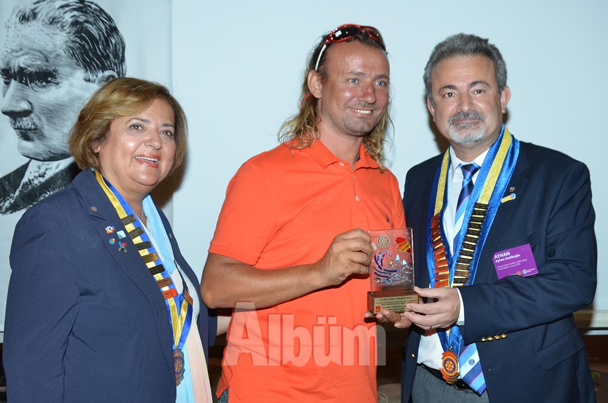 Rotary-Azize-Kalkavan,-Ergun-Ulu,-Ayhan-Gedikoğlu