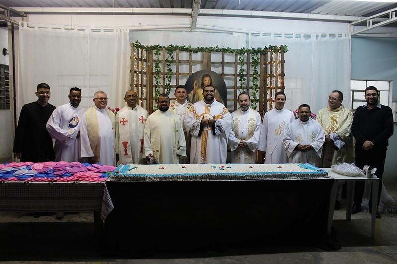 Posse de Pe. Paulão e Acolhida de Pe. Frizzo na Paróquia Santa Rita de Cássia