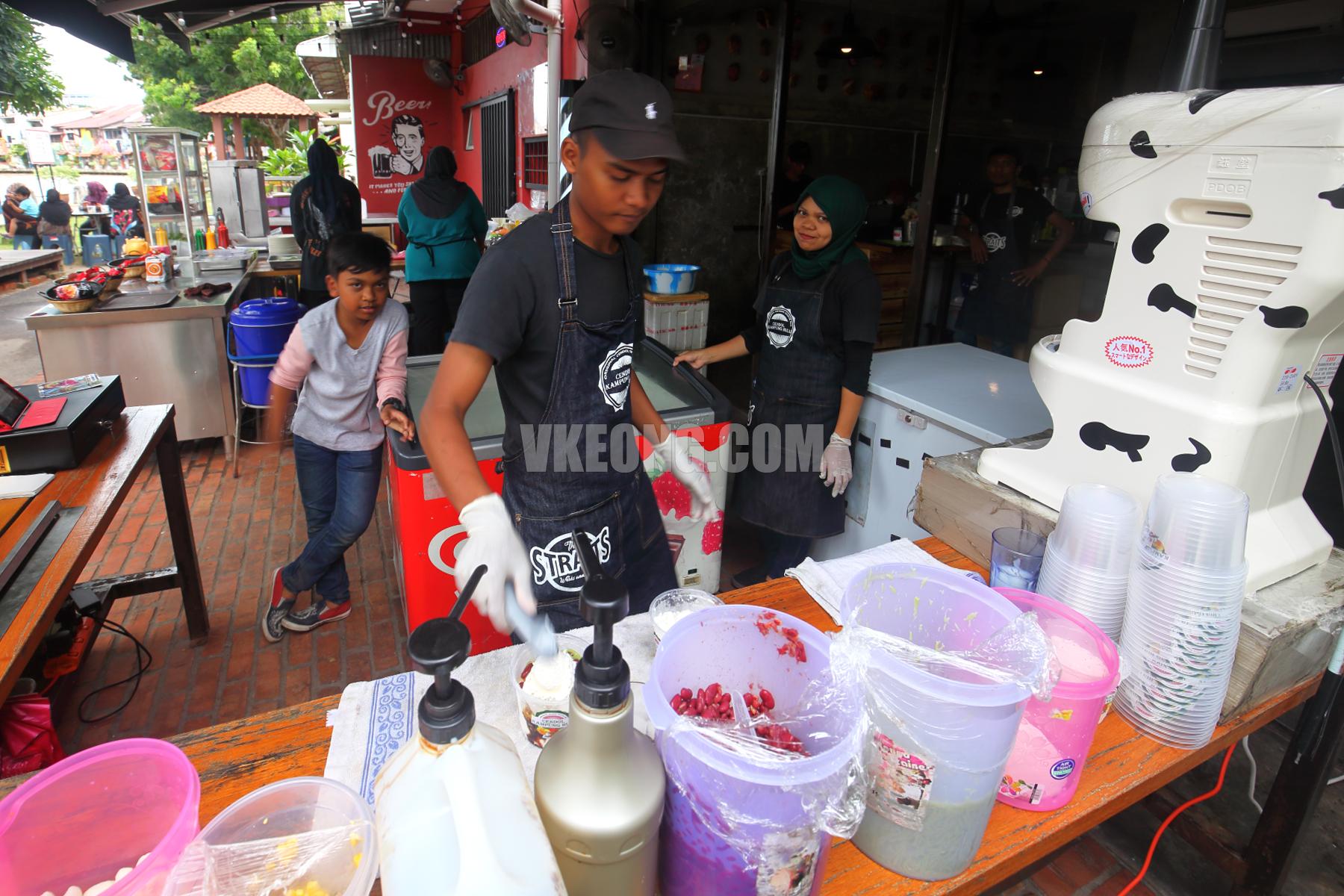 Cendol-Kampung-Hulu-Melaka