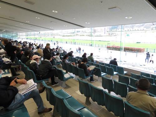 福島競馬場の2階席