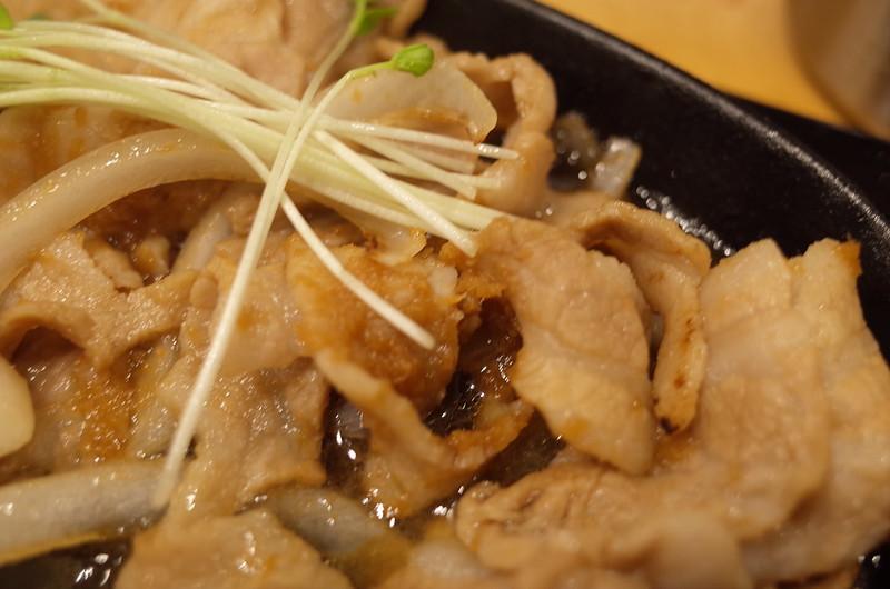 池袋西口しんぱち食堂豚生姜焼き