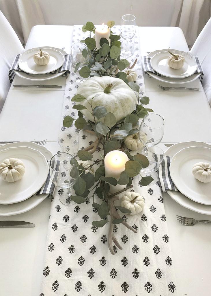 Neutral Fall Decor Dining Room