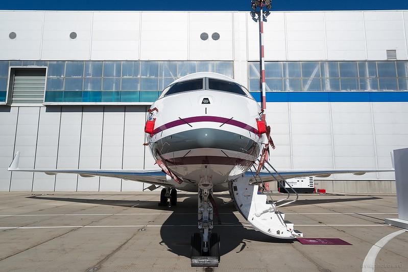 Bombardier_BD-700-1A11_Global5000_A7-CED_QatarExecutive_075_D801841
