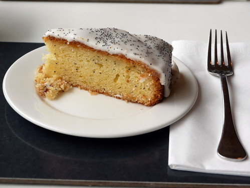 Lemon & Poppy Seed Cake