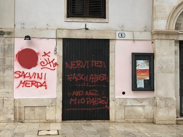 sede lega vandalismo