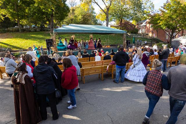 Apple Butter Stirrin' Festival