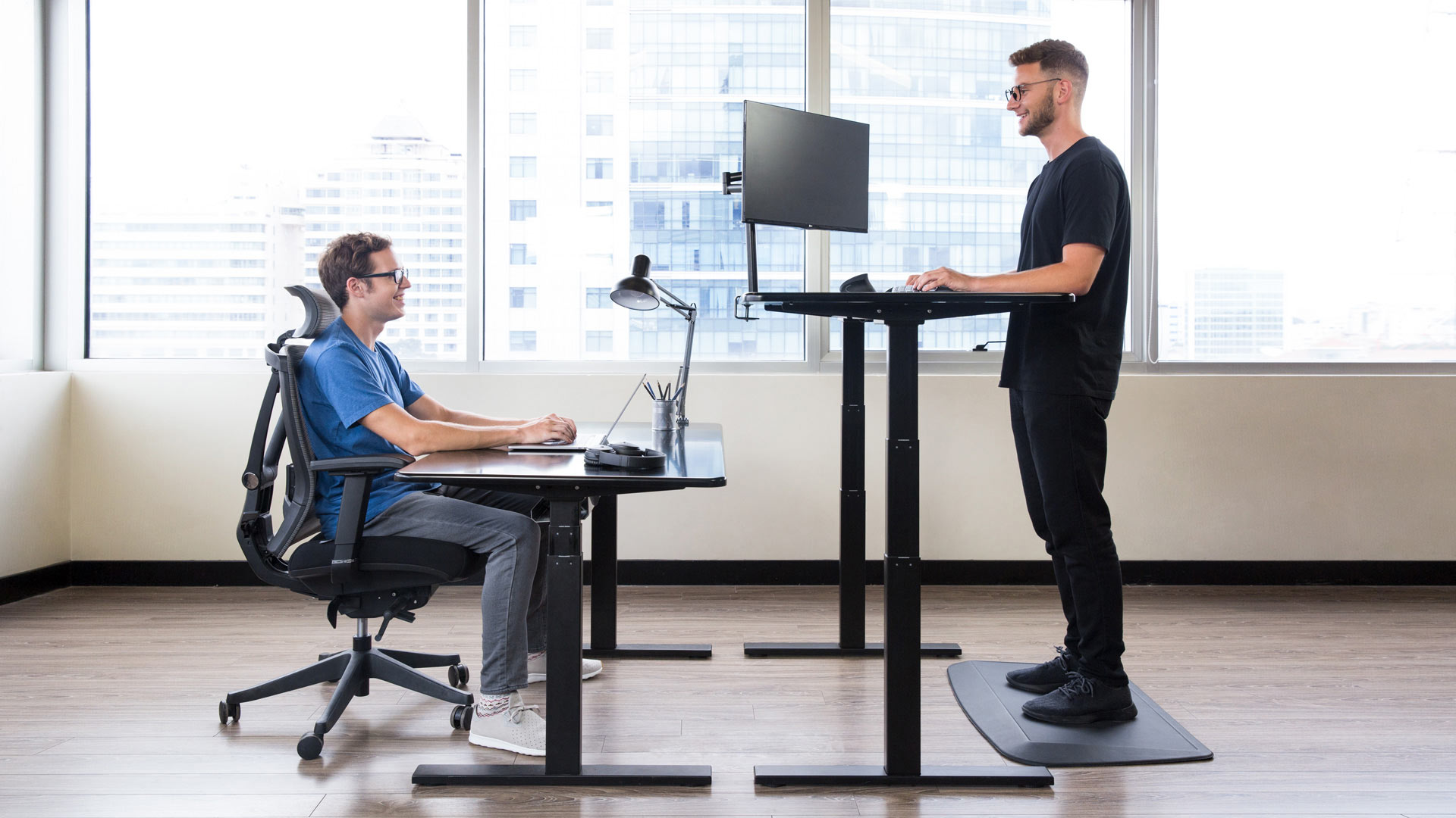 5 Reasons to Choose the Autonomous Standing Desk Black Friday 2018 - Image 2