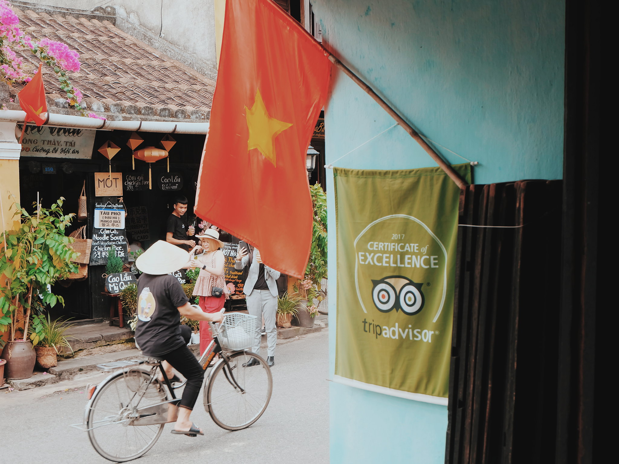 Hoi An, Vietnam: Quick Travel Guide Reaching Out TeaHouse