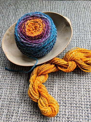 Handspun Targhee wool yarn by irieknit from Inverness colourway dyed by Corgi Hill Farm
